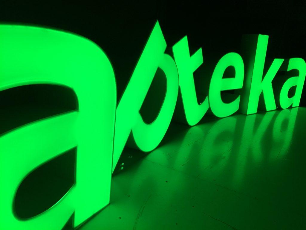 Litery podświetlane apteka